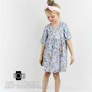 Pastelowa błękitna sukieneczka w delikatne kwiaty 104, kwiaty, kwiatuszki