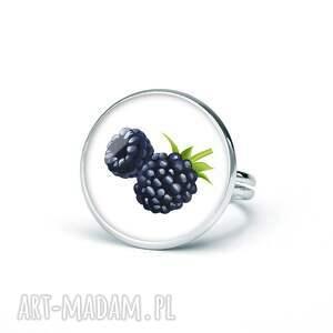 pierścionek z grafiką jeżyny, prezent, upominek, oryginalny, śmieszny, zabawny