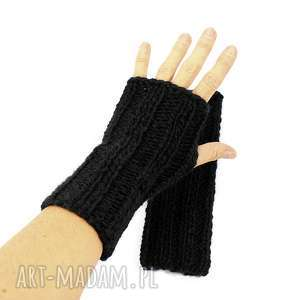 handmade rękawiczki czarne mitenki z wełną zrobione na drutach