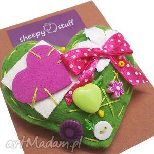 filcowa broszka, zielone serduszko - broszka, filc, serce