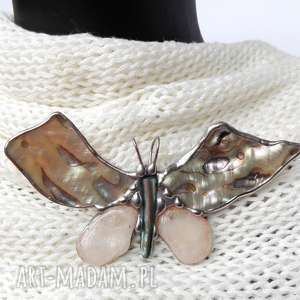 broszka i wisior 2 w 1 motyl z tęczową muszlą - macica perłowa, muszla