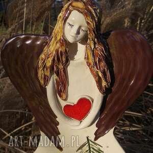 anioł ze złotymi skrzydłami, anioł, aniołek, stróż, prezent na chrzest