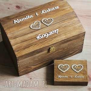 Kufer i pudełko na obrączki z sercami, pudełko, koperty, obrączki, drewno, serce,
