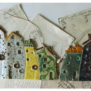 ceramika zestaw kolorowych kamienic do powieszenia, ceramika, domek, kamienica