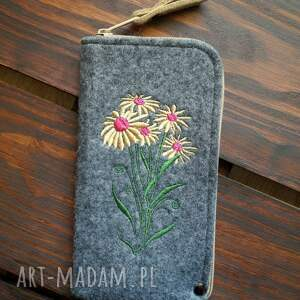 handmade etui filcowe na telefon - kwiaty