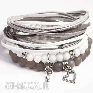 white grey, agat, serce, szklane, korale, posrebrzane, prezent, pod choinkę
