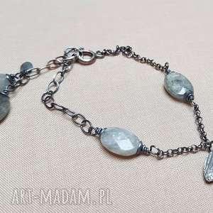 bransoletka ze srebra i labradorytu 781, srebro przyciemniane, lekka