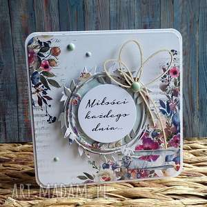 świąteczny prezent, subtelnie, kwiatki, pastelowy, kartka ślub, urodziny