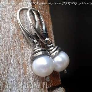 klasyka w bieli kolczyki z naturalnych pereł i srebra, perła naturalna
