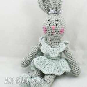 pokoik dziecka króliczka weronika, króliczka, zabawka, przytulanka, dekoracja