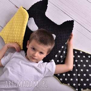 ateliermalegodesignu poduszka dziecięca batman ze skrzydłami, pomysł na prezent