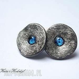 ręcznie zrobione kolczyki kapsle blue