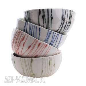 ceramika cztery porcelanowe niewielkie miseczki, porcelana, miseczka, zestaw