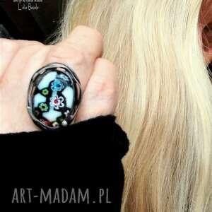 uroczy niezwykły pierścień handmade ze szkłem millefiori oryginalny