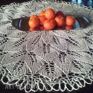obrus na drutach, obrus, serwetka, koronkowy, okrągły, serwetka