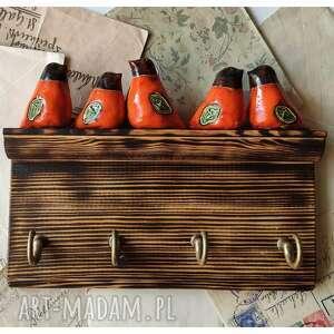 wieszaki półeczka z pomarańczowymi ptaszkami, ceramika, wieszak, ptak, drewno