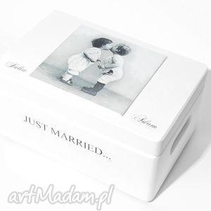 ślubne pudełko na koperty kopertówka personalizowane love just married