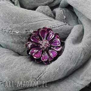 handmade broszki 1281/mela broszka z żywicy kwiat, fuksja