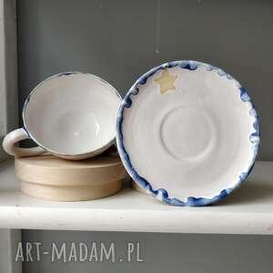 ceramika filiżanka ze spodkiem i gwiazdami, filiżanka, użytkowa