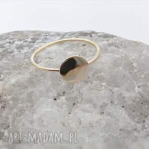 złoty pierścionek z kolekcji less makes more, złoto 585 14k, delikatny