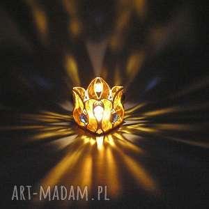 dekoracje lampion lidia, świecznik, światło ciepło, rękodzieło, witraż