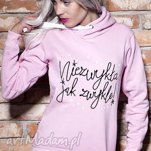 Prezent Bluza Niezwykła jak zwykle, kaptur, prezent, urodziny, smieszna, pastelowa