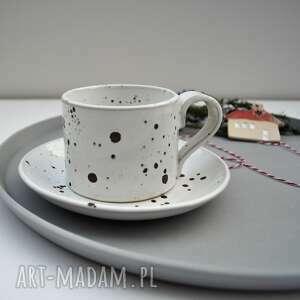 ręcznie zrobione ceramika nakrapiana filiżanka ze spodkiem