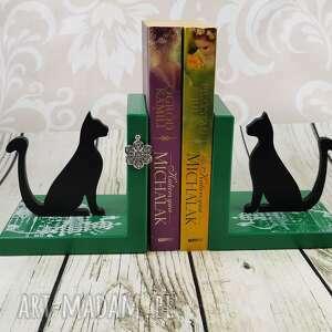 ręcznie zrobione dekoracje podpórki pod książki koty (dr27)