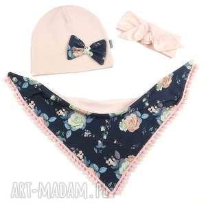 komplet wiosenny czapka, chusta, opaska kwiaty na granacie - czapka, chusta, opaska