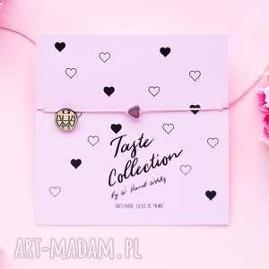 WHW Taste Tiny Rainbow Heart On Pink String, sznurkowa, sznureczkowa, delikatna
