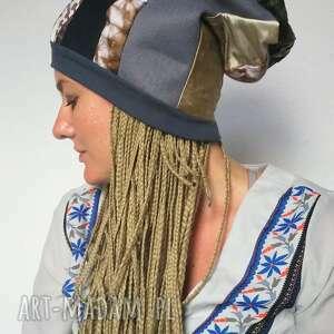 ręcznie zrobione czapki czapka damska dziewczęca smerfetka szyta patchworkowo