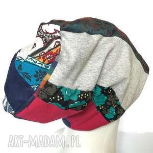 Czapka szyta patchworkowa kolorowa na podszewce czapki ruda