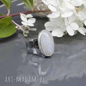 kamień księżycowy - pierścionek naimi, pierścionek, księżycowy, srebro