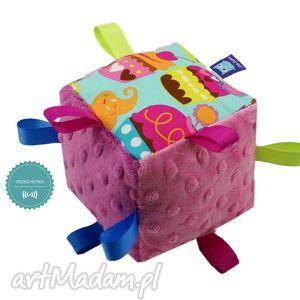 ręcznie robione zabawki kostka sensoryczna grzechotka, wzór muffiny