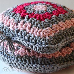 poduszka dwustronnie dziergana ze sznurka, jasiek, poduszka, sznurek, pleciona