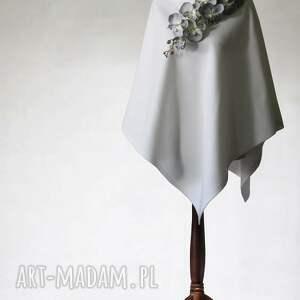 Ślubne poncho z kwiatami, poncho, peleryna, narzutka, kwiaty, ślub, tkanina