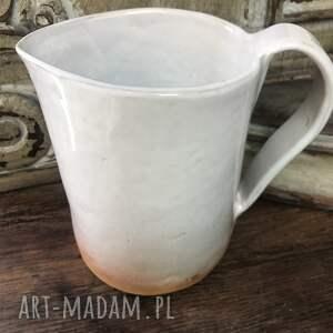 ręczne wykonanie ceramika dzbanek