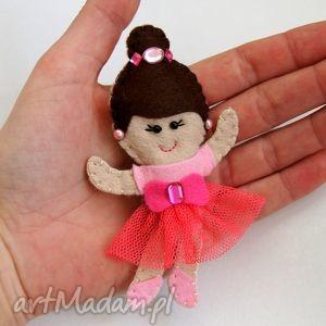 baletnica - broszka - filc, baletnica, broszka, rękodzieło, dziecko, spódnica