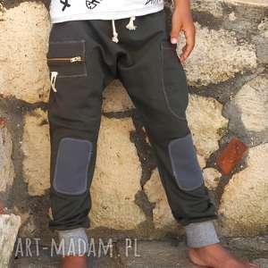 spodnie baggy bojówki, baggy, spodnie, wiosna, spacer, dziecko