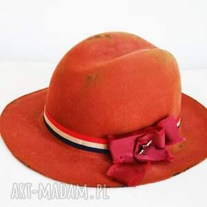 oryginalny prezent, fascynatory ceglasta fedora, kapelusz, brąz