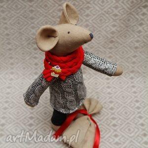 maskotki żona gryzoniowa, fajna babeczka, mysz, kot, szczur, maskotka, worek, roczek
