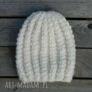 czapki czapa z alpaką grubaśny ścieg ecru, gruba, dziergana, ciepła