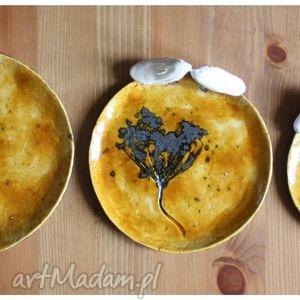 ręczne wykonanie ceramika komplet miodowych talerzyków