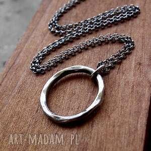 Naszyjnik z kółkiem mniejszym- srebro 925. , kółko, okrągły, młotkowany, oksydowany