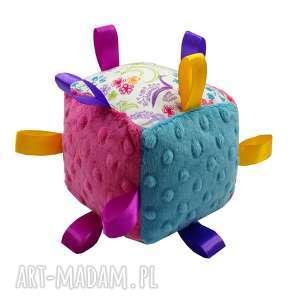 kostka sensoryczna grzechotka, wzór kwiaty, kostka, sensoryczna, metki