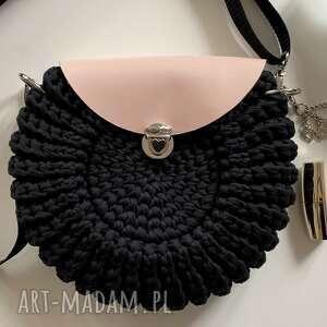 handmade na ramię szydełkowa torebka oreo czarna