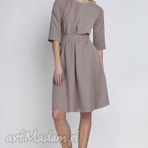 sukienki sukienka, suk122 beżowy, rozkloszowana, kieszenie, taliowana, kobieca