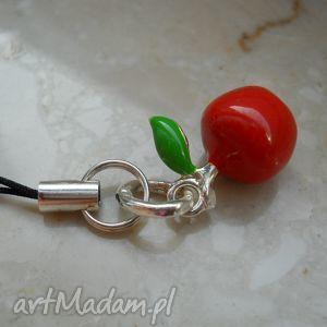 ręcznie wykonane breloki pomme rouge
