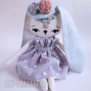 ręcznie zrobione maskotki lalka królik dobrusia