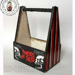 ręcznie zrobione pudełka punks not dead - skrzynka na piwo